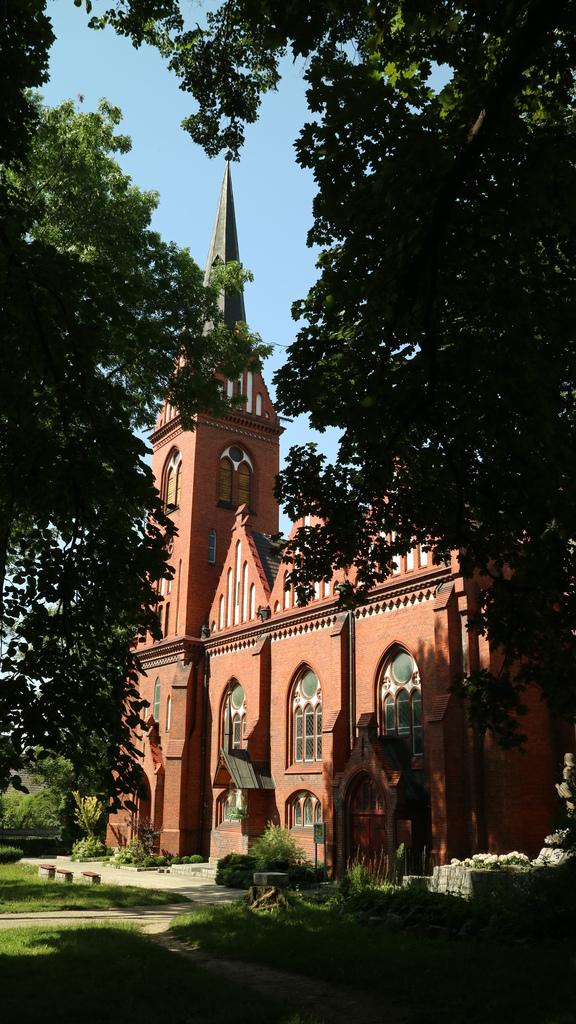 kościół pw. św. Matki Bożej Nieustającej Pomocy.jpeg